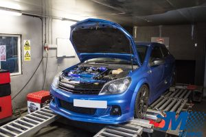 Vauxhall Astra VXR tuned on the rolling road